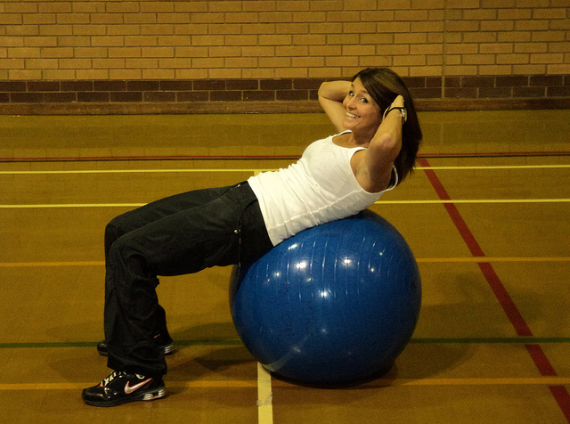 Een flexball traint je rugspieren. Bron: Flickr, Lichfield District Council